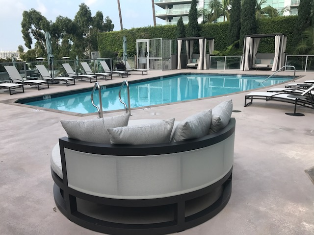 Pool - New Daybed