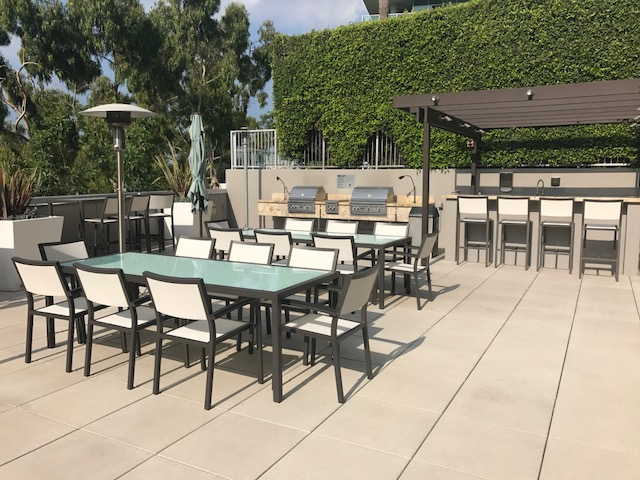 Pool - New Outdoor Dining Tables 3
