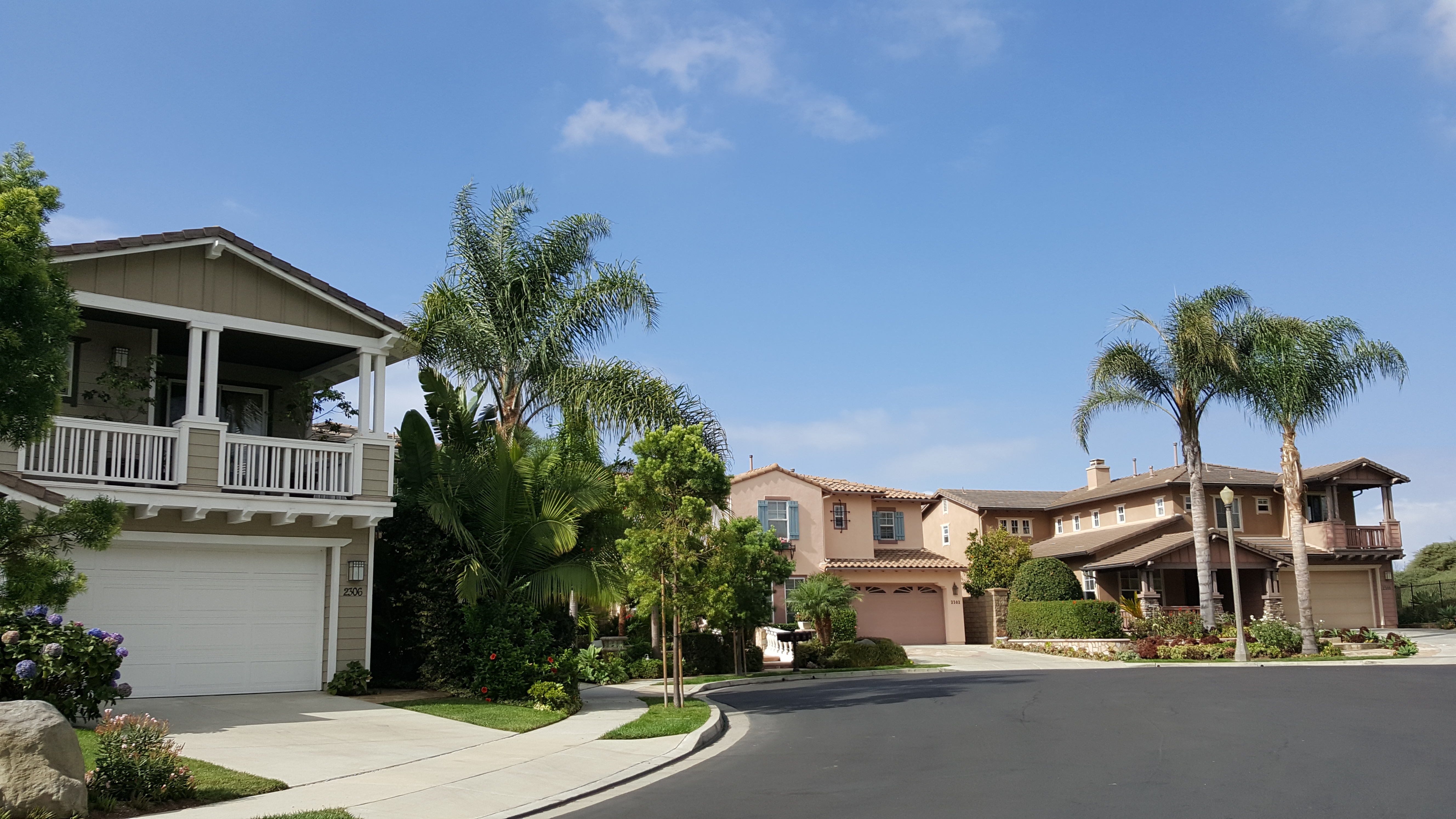 Neighborhood homes-1 10.04.17