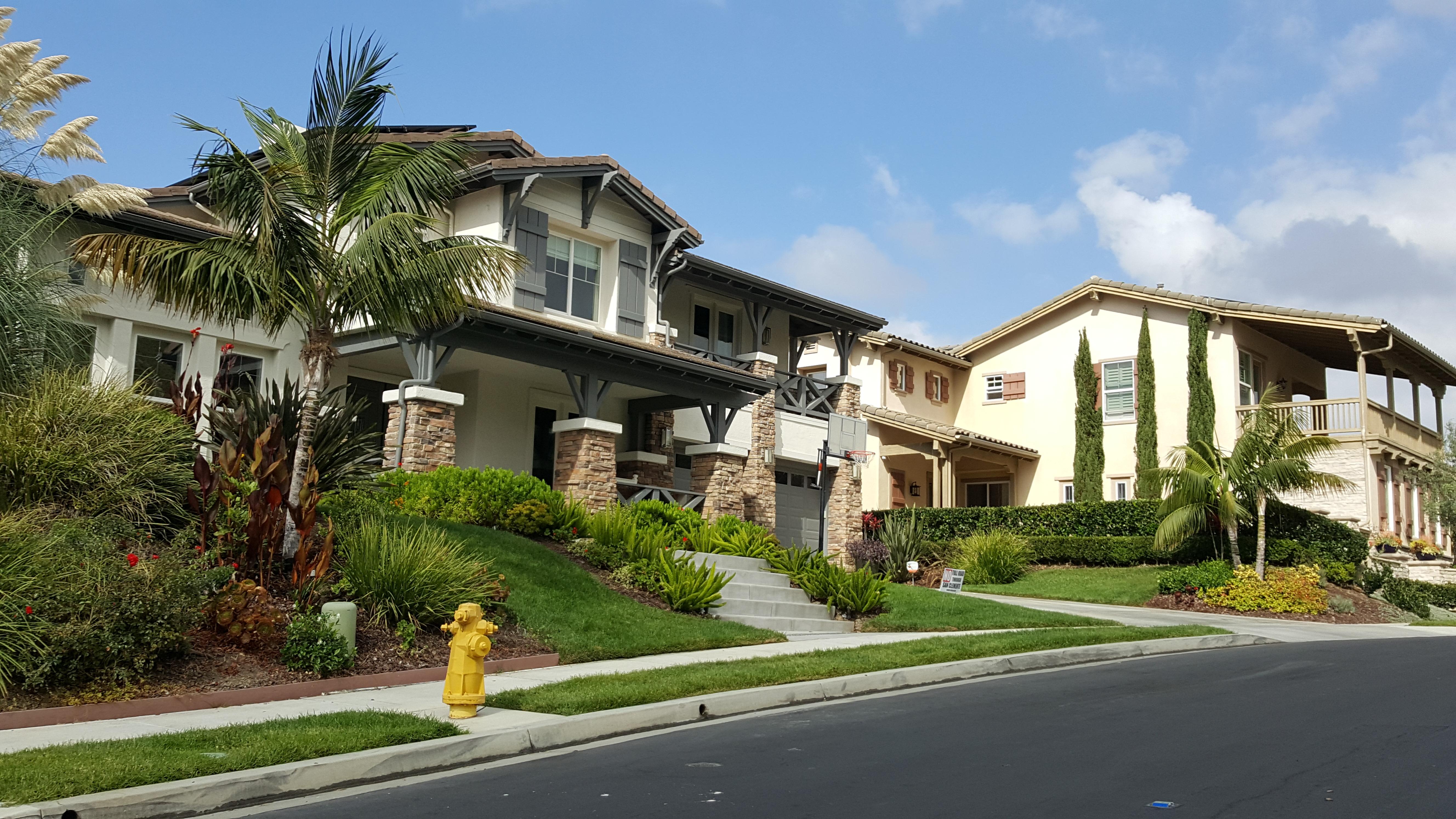Neighborhood homes-3 10.04.17